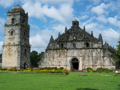 Here's Paoay's earthquake baroque